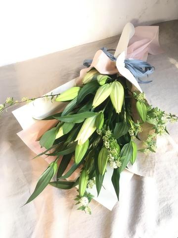 ユリ 花束 ホワイト S