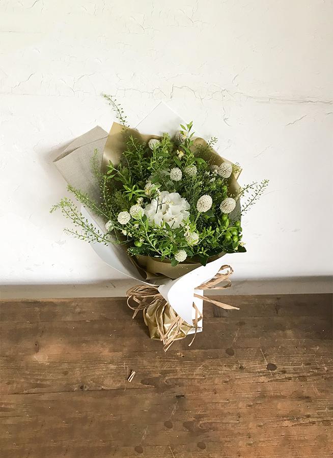 草花系 花束 ホワイト S ナチュラルブーケ