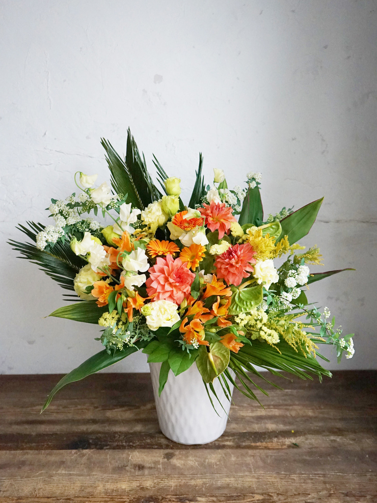 【全国配送】 オレンジ系 季節の豪華アレンジメント 10,000円