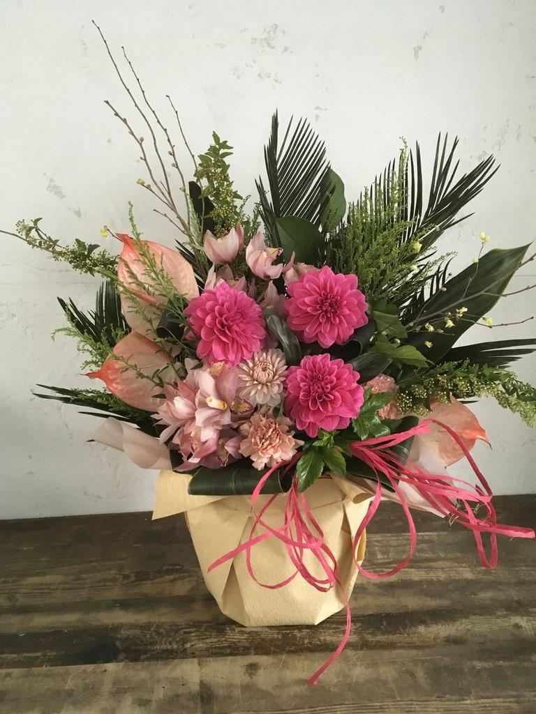 【全国配送】 ピンク系 季節の豪華アレンジメント 10,000円 【当日発送可】