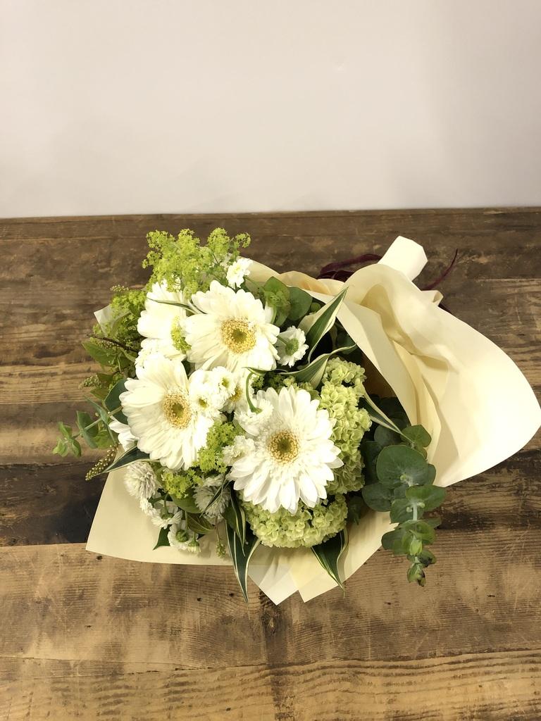 ガーベラ 花束 ホワイト SS ナチュラルブーケ