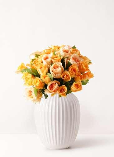 バラ グラスブーケ オレンジ M (30本入) Hammershoi (ハンマースホイ) ベース L ホワイト付き