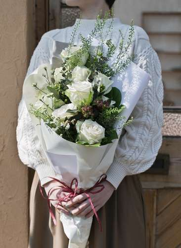 バラ 花束 白 M スタンダード