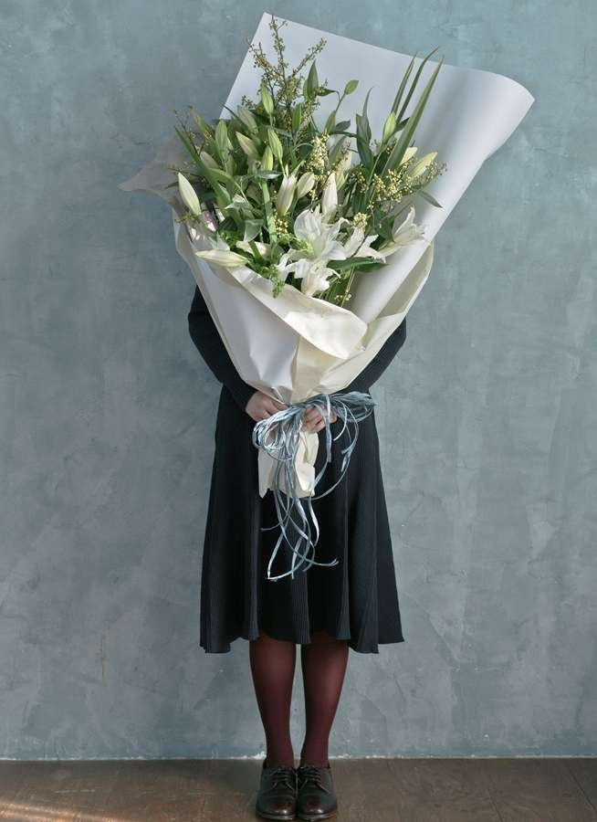 ユリ 花束 ホワイト L スタンダード
