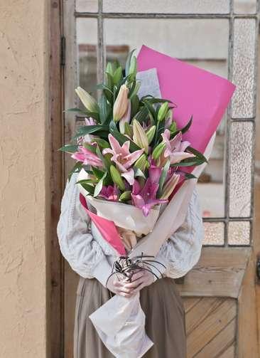 ユリ 花束 ピンク M
