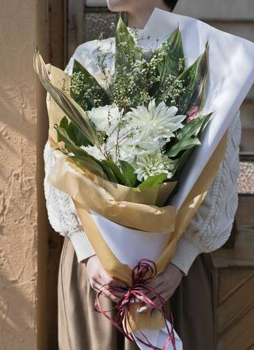 ダリア 花束 ホワイト M スタンダード