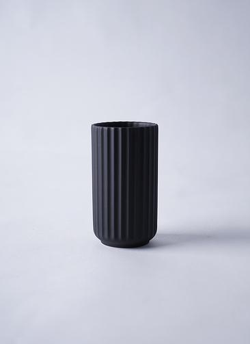 Lyngby Vase(リュンビューベース) H12cm ブラック
