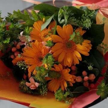 ガーベラ 花束 オレンジ